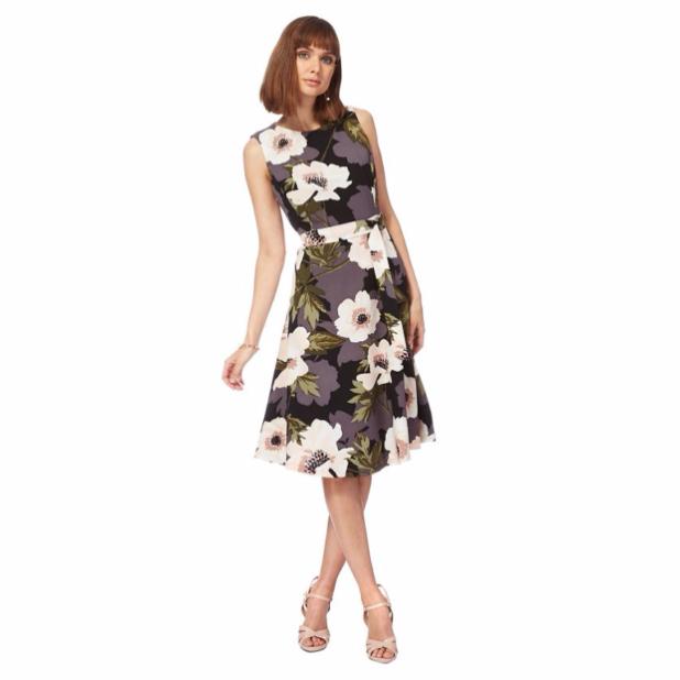 Модные платья с яркимипринтами