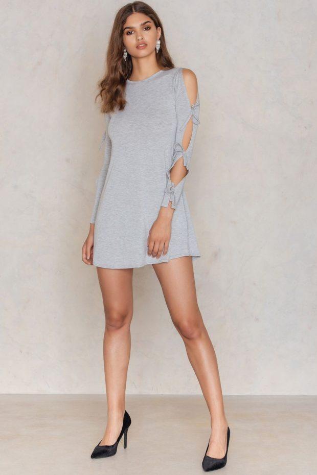 Платья 2021: серое открытые плечи короткое