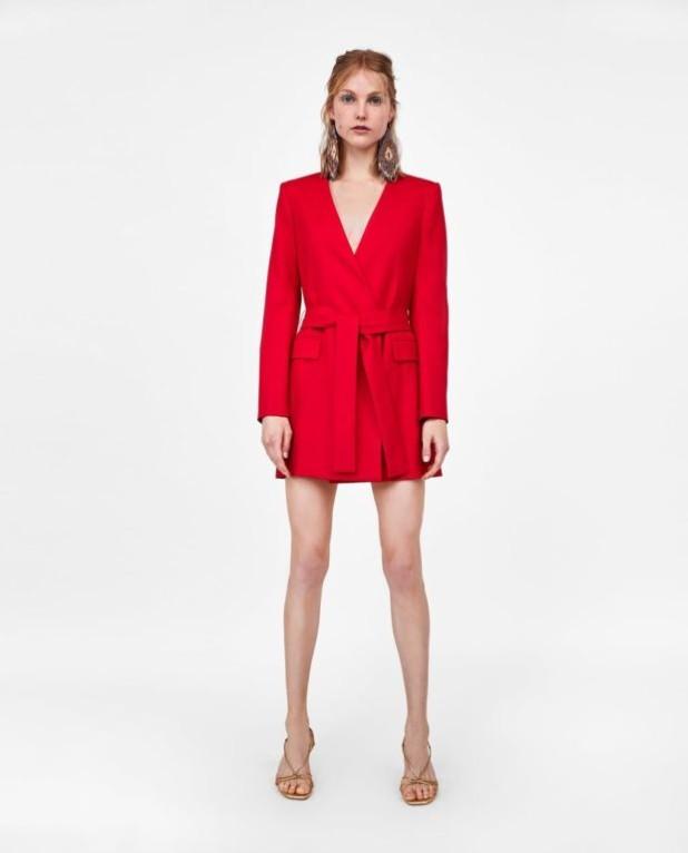 платья 2018-2019 года модные тенденции: красное мини