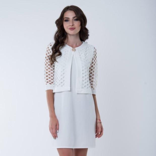 модное платье: белое с накидкой