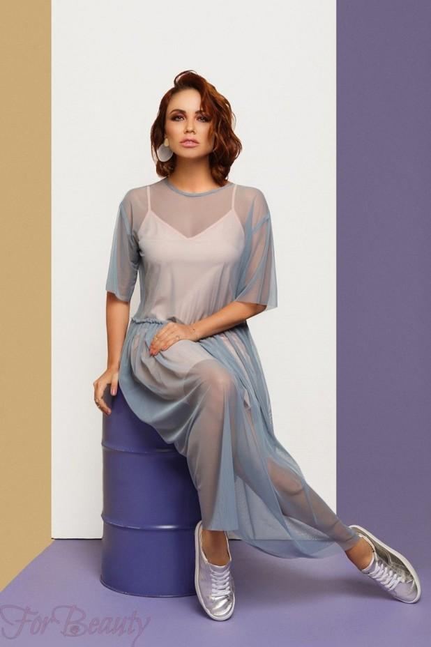 Модное розовое платье с накидкой 2018