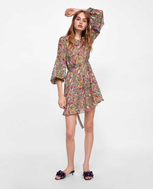платья 2018-2019 года модные тенденции: цветочное мини