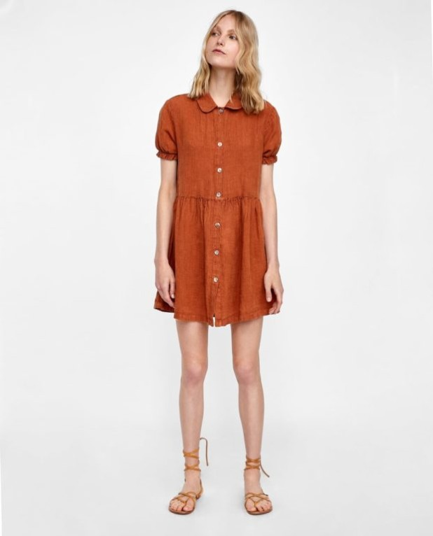 платья 2018-2019 года модные тенденции: коричневое мини