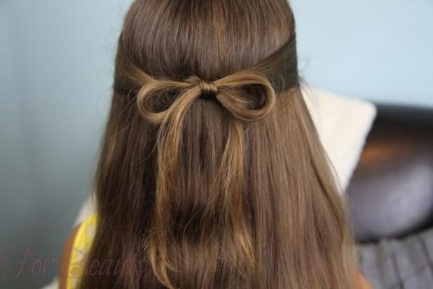 Прическа «Бантик из волос» на 1 сентября для девочек