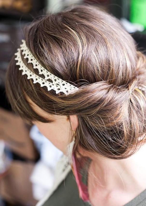 причёска «Греческая» на 1 сентября на длинные волосы