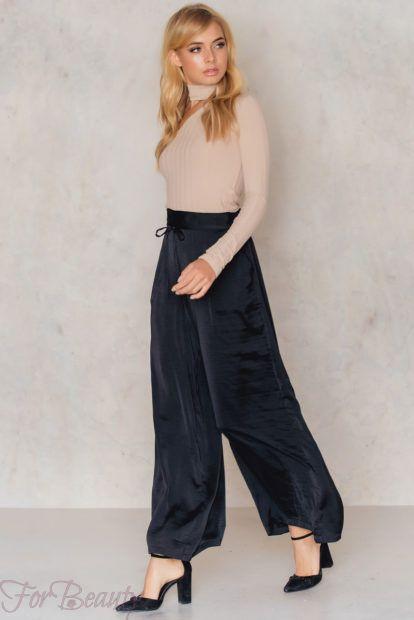 брюки женские 2019 года модные тенденции фото: черные широкие