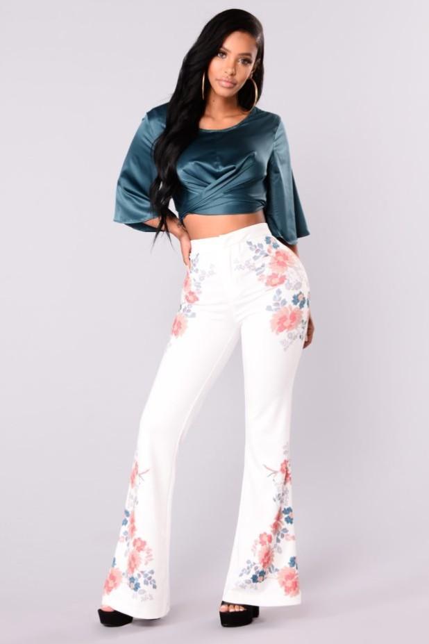 брюки женские: с принтом цветы
