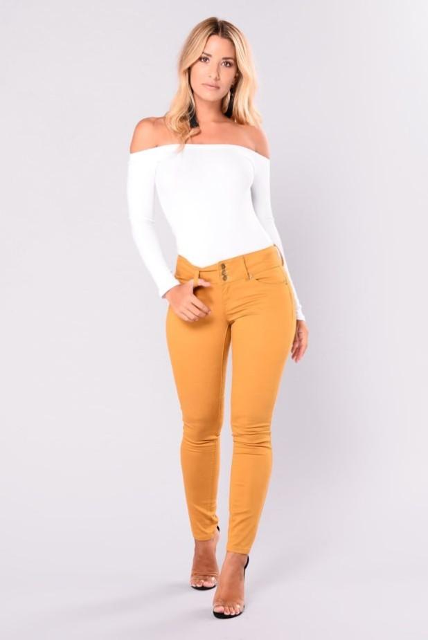 брюки женские 2018-2019 года: узкие желтые