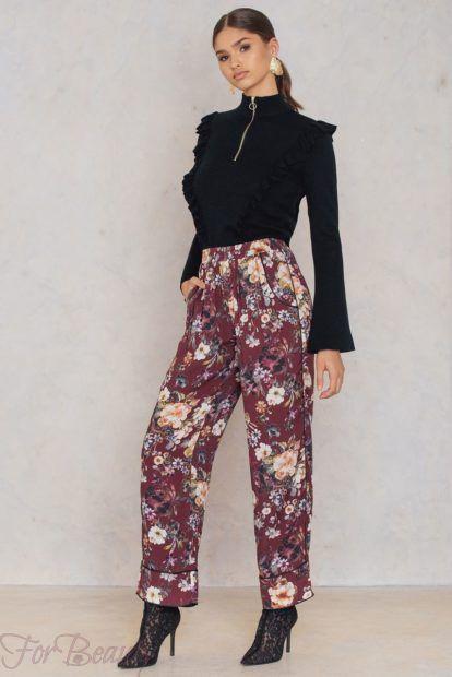 брюки женские 2019 года: принт в цветы