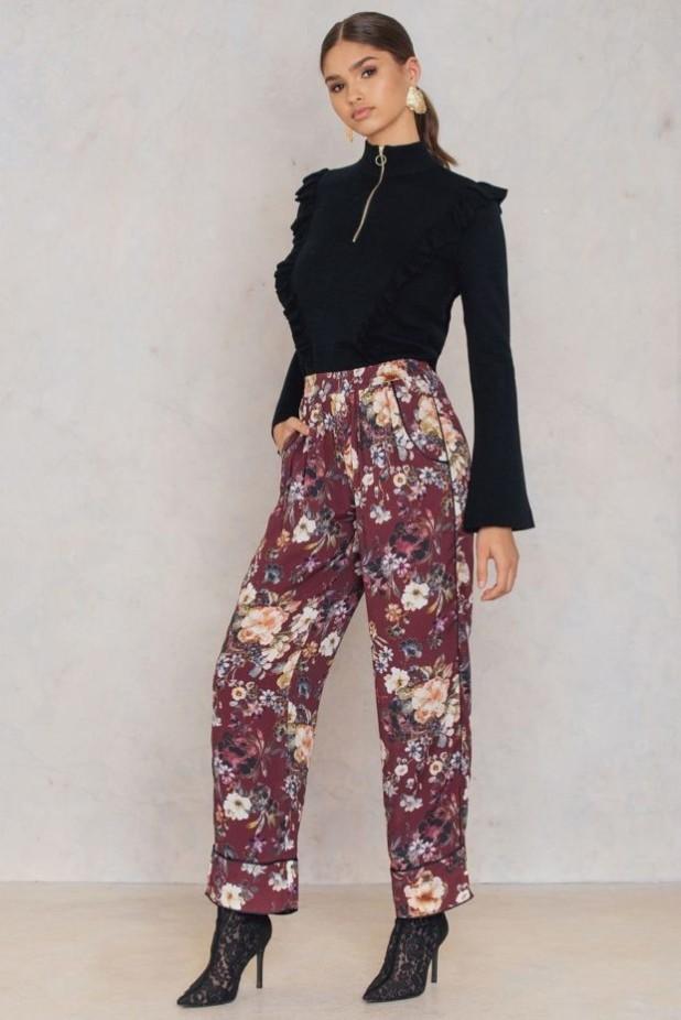 брюки женские 2018-2019 года: принт в цветы