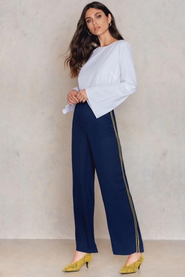 брюки женские модные тенденции: широкие с лампасами