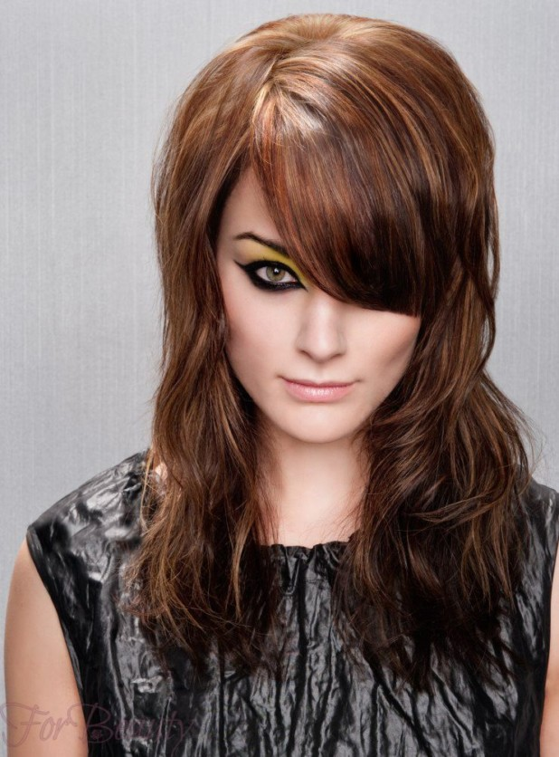 Стрижка аврора модная в 2018 году фото на средние волосы с густой челкой