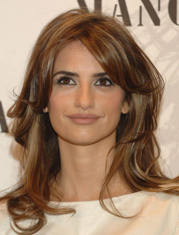 Стрижка каскад на короткие волосы фото для женщин за 40 для брюнеток