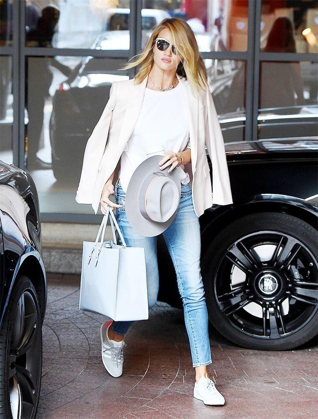 С чем носить джинсы 2019-2020 женские фото
