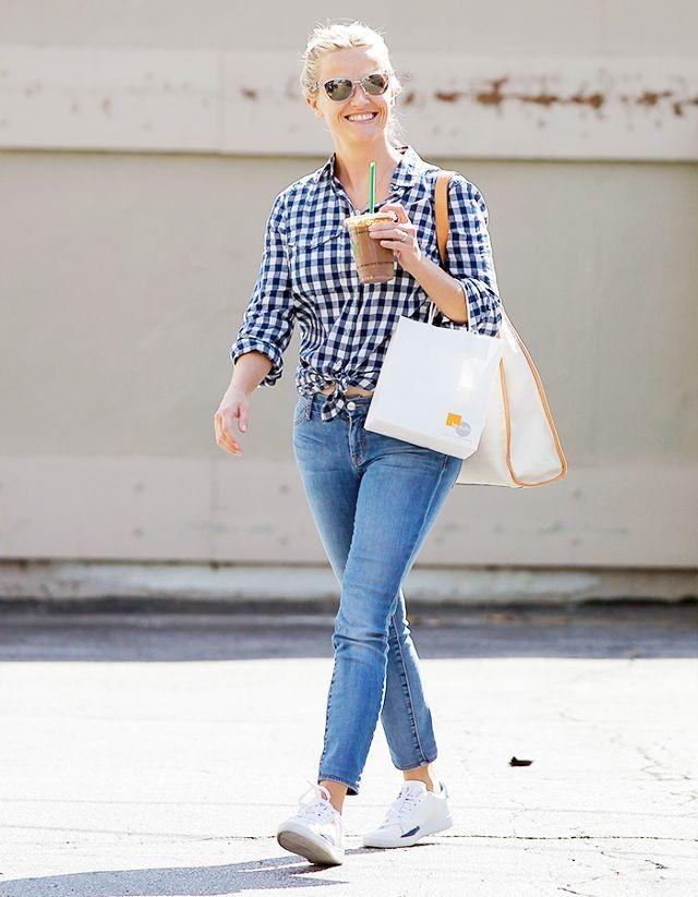 как носить джинсы 2019-2020 женские фото