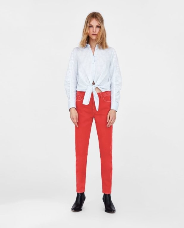 Модные женские джинсы: красные