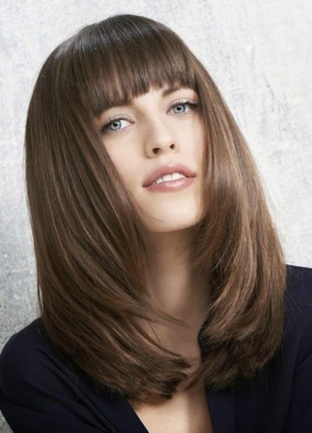 Модные прически с челкой 2018 женские на средние волосы фото