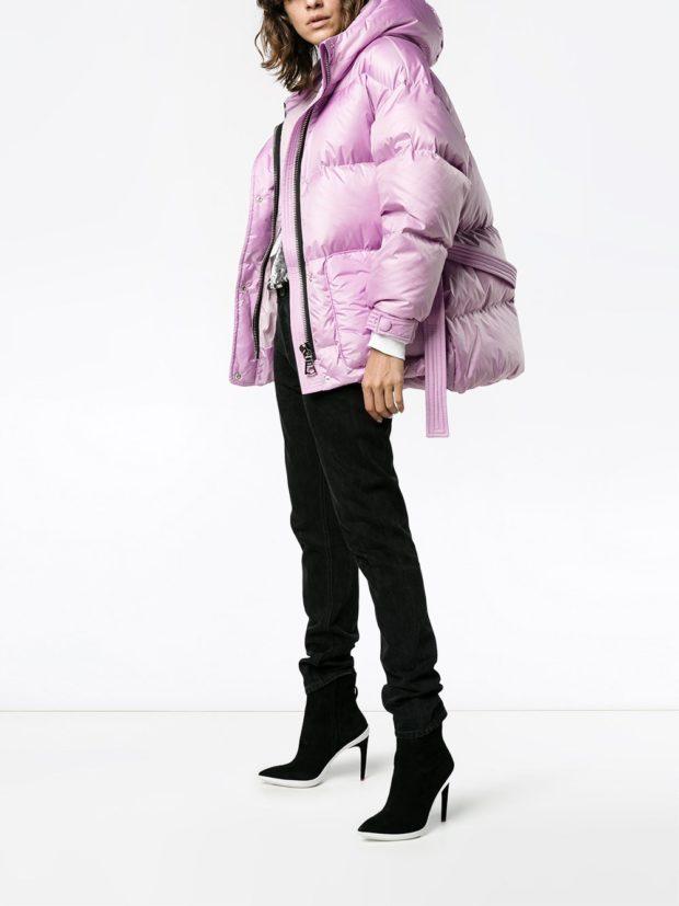 Модные женские пуховики зима 2019-2020: фиолетовый дутый