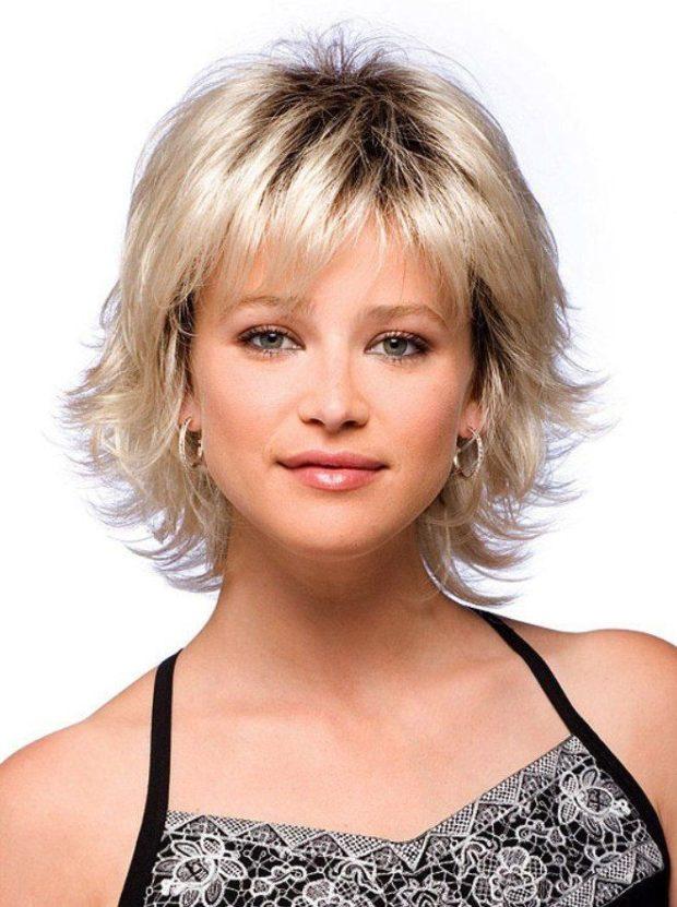 стрижка «каскад» на короткие волосы для женщин за 40