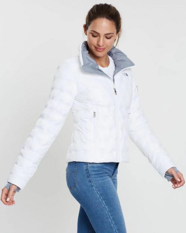 женские куртки осень зима: белая спортивная