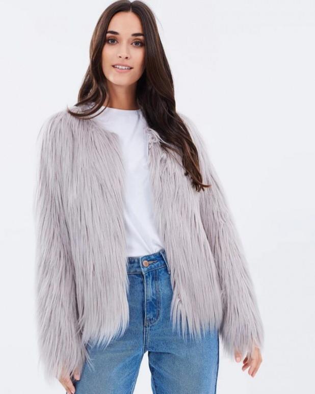 женские куртки осень зима: пушистый мех