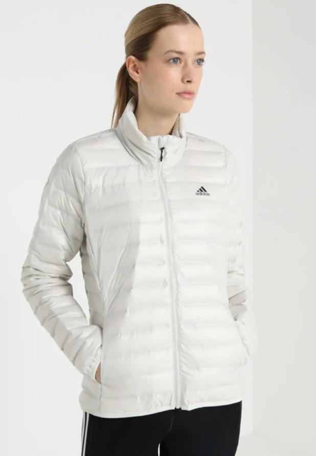 короткий белый adidas