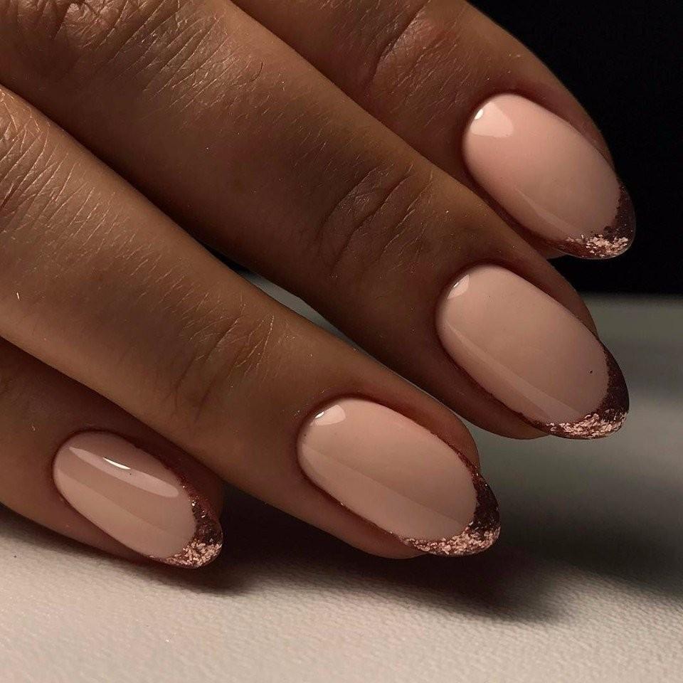 Френч на ногтях золото и серебро 86
