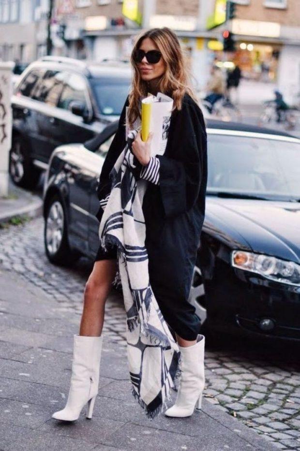С чем можно носить белые сапоги в 2017