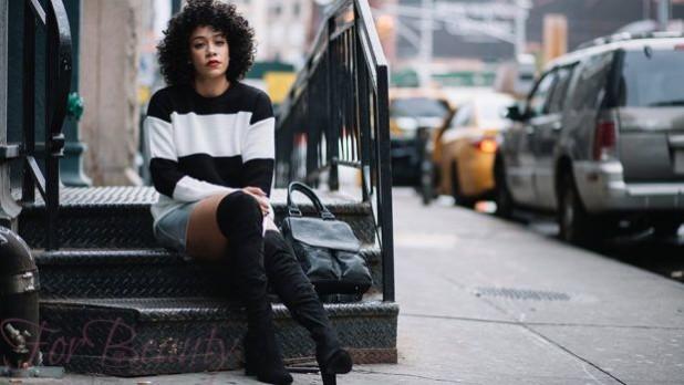 С чем же можно носить черные замшевые ботфорты в 2018