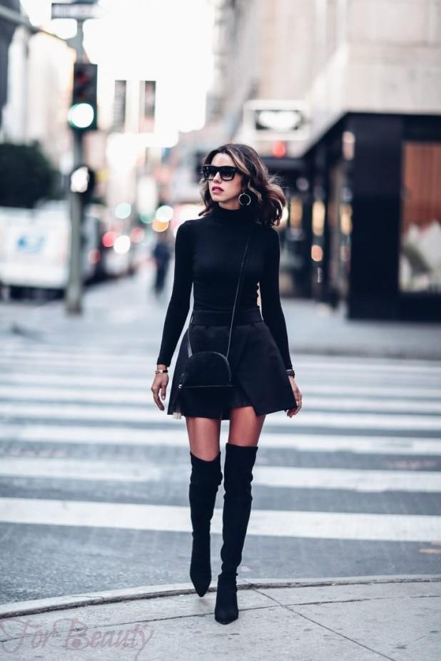 С чем носить черные замшевые ботфорты летом