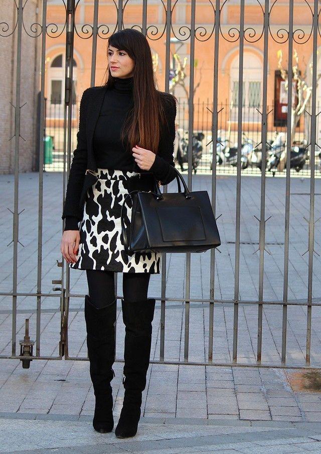 С чем носить черные замшевые ботфорты фото