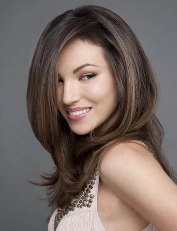 Женская красивая стрижка «Каскад» на длинные волосы 2018 фото