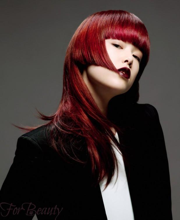 Женская стрижка «Асимметрия» на длинные красные волосы 2018