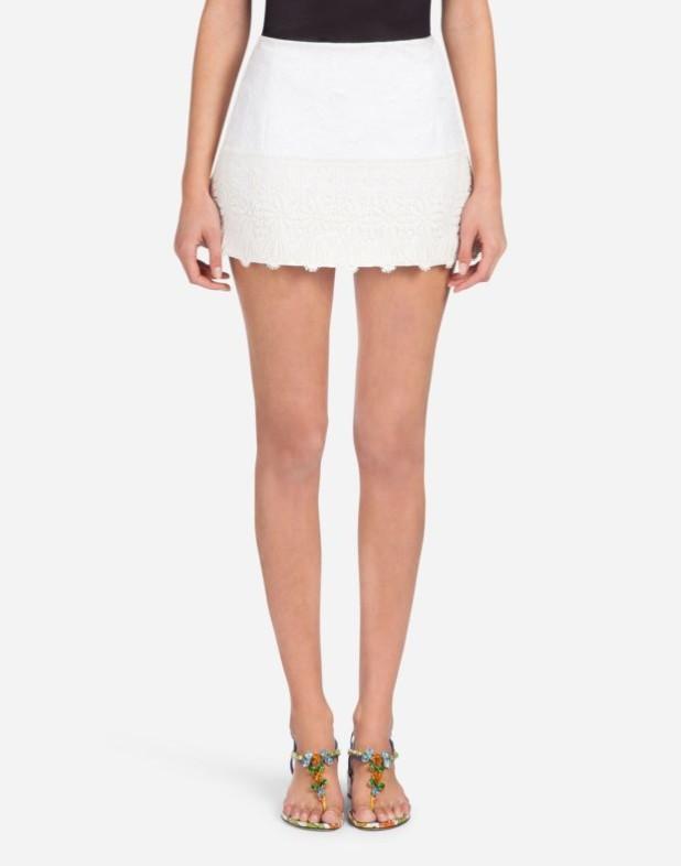 Модная юбка 2018 2019: короткая белая