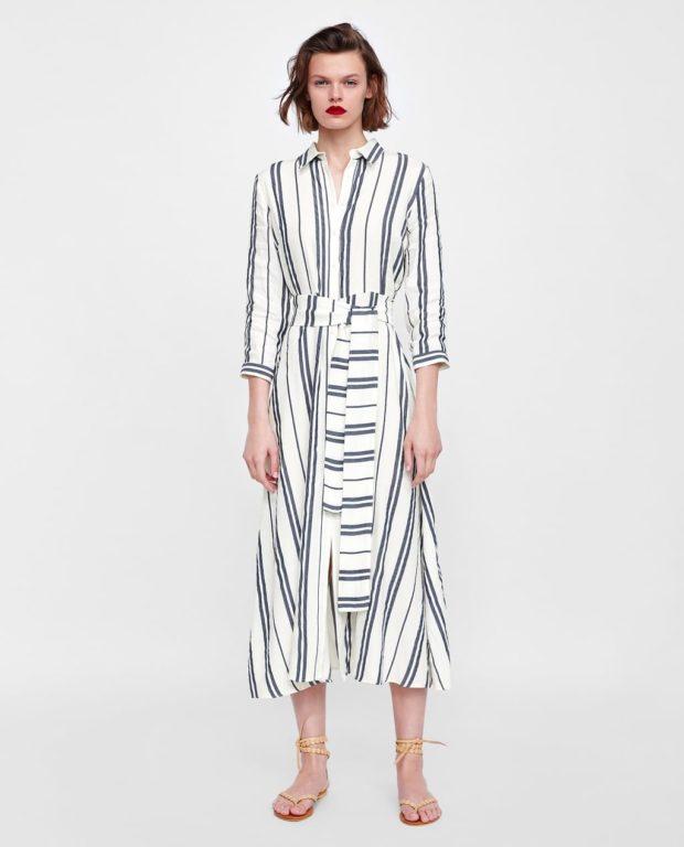 Мода 2019-2020 года в женской одежде: полосатое платье