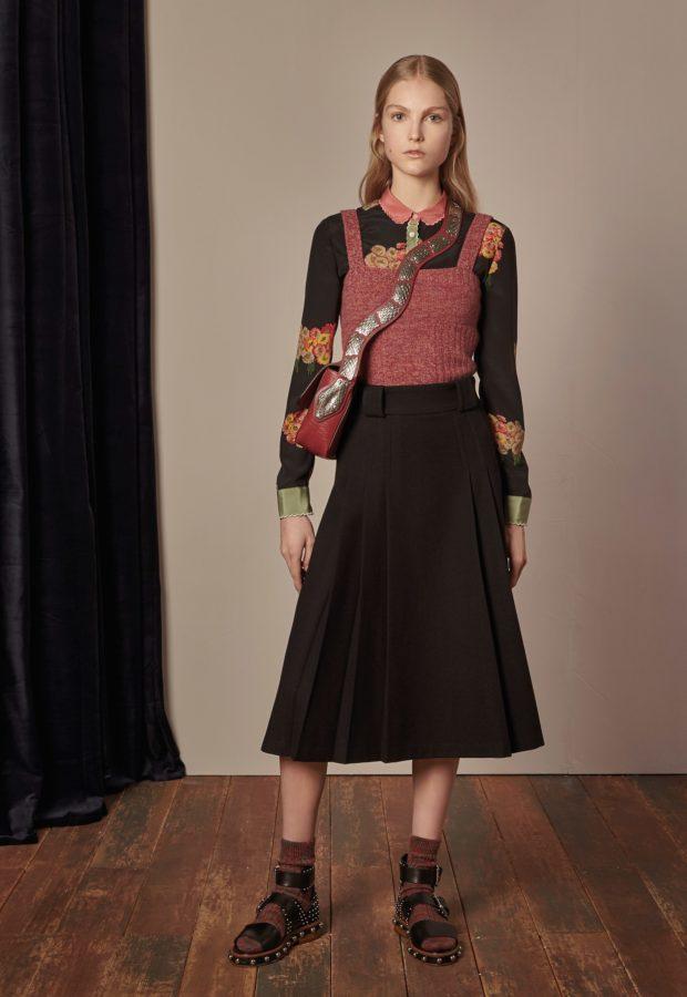мода в одежде: черная юбка миди