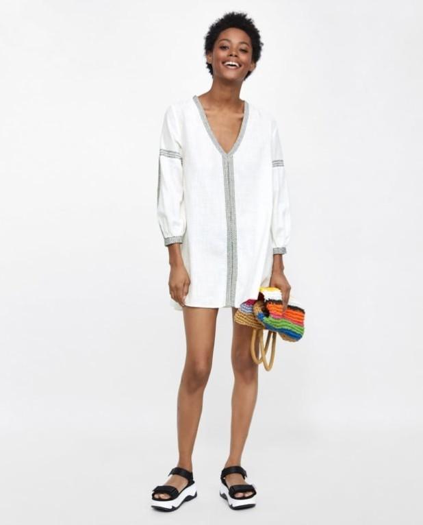 мода в одежде: белая блузка