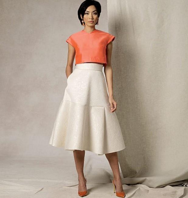 мода в одежде: белая юбка